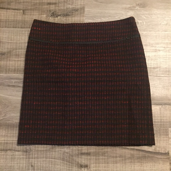LOFT Dresses & Skirts - LOFT tweed skirt. Size 0